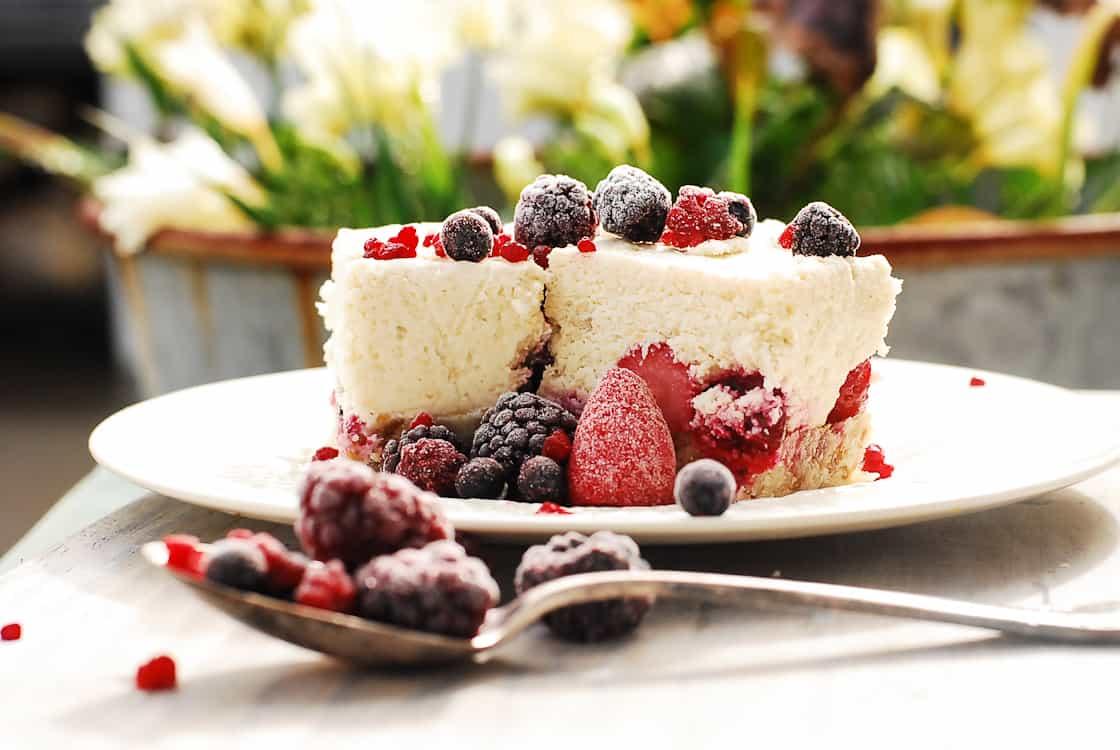 Cashew Berry Cheesecake
