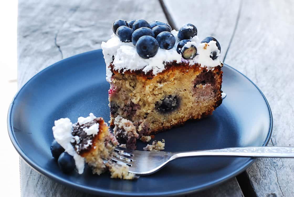 Blueberry cake-3